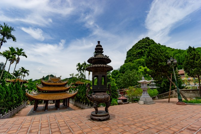 Temple grounds near perfume pagoda